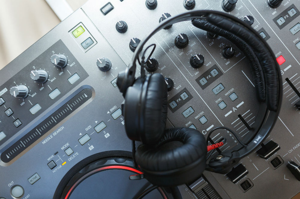 Ways to Choose the Best DJ Headphones